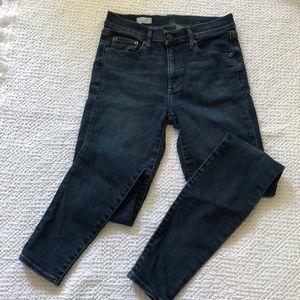 True Gap Skinny Jeans 27R